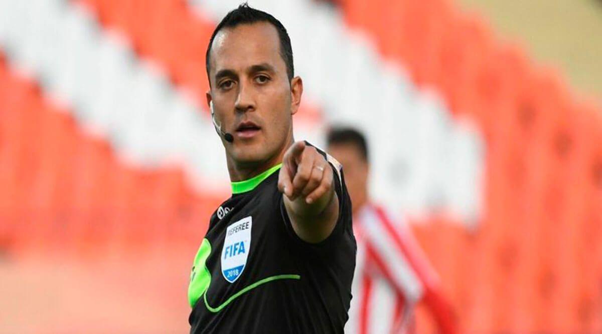 fernando espinoza arbitro entre independiente y atletico tucuman